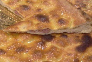 Mani in Pasta - Ricetta focaccia salsiccia e stracchino