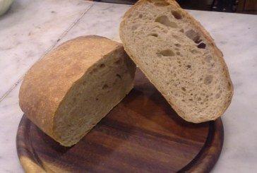 Mani in Pasta - PANE FATTO CON FARINA MACINATA A PIETRA