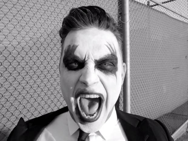 Report Event- Robbie Williams