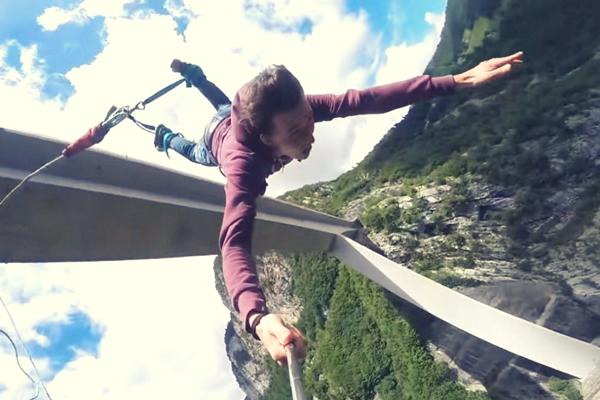 Saltiamo dai bungee jumping più alti al mondo